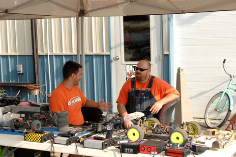 track talk, track lingo, orange, photo 1, rcca, rc car action, radio control